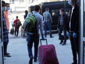Yurtlarda karantinada bulunanlardan 66 bini tahliye edildi