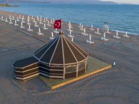 Beyşehir Gölündeki Karaburun Plajı hizmete açıldı