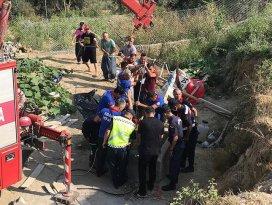Adanada su kuyusu açmak için kazı yapan aileden 4 kişi yaşamını yitirdi