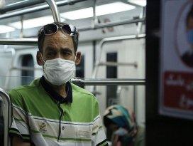 İranda Kovid-19 nedeniyle son 24 saatte 215 kişi hayatını kaybetti