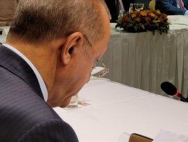 Almanyada yaşayan 9 yaşındaki Sena, Cumhurbaşkanı Erdoğana sevgisini mektupla anlattı