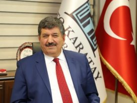 Rektör Sade: Türk milleti sadece milli birlik ruhuyla zafer kazanabileceğini gösteren tek millettir