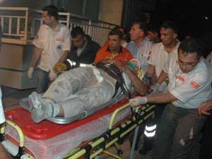 Askeri otobüs kaza yaptı
