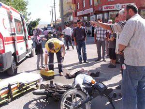 Motosiklet ile otomobil dikkatsizlik kurbanı