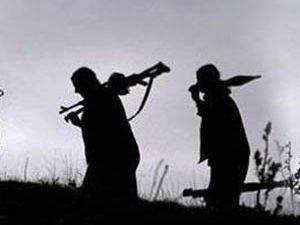 Teröristler 3 işçiyi kaçırdı