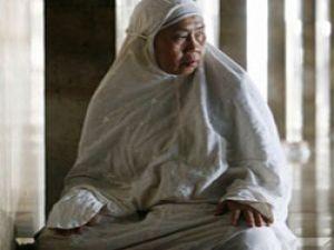 Kadınlar da camide namaz kılmalı
