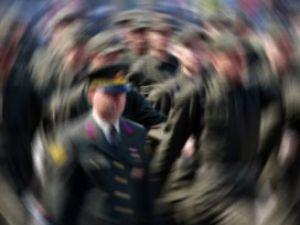 Kızlar da askere alınabilir