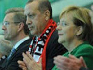 Başbakan Erdoğan oyundan memnun değil