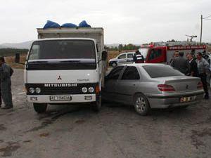 Beyşehirde trafik kazası : 2 yaralı