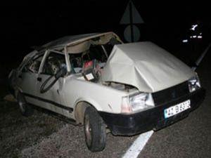 Beyşehirde otomobil devrildi: 1 ölü, 4 yaralı