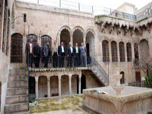 Selçuk Urfa evlerine hayat veriyor