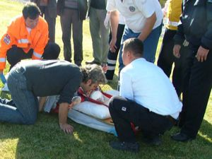 Yaralı bebeğe helikopter ambulans