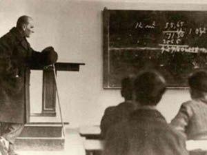 Büyük Önderi Atatürkü anıyoruz