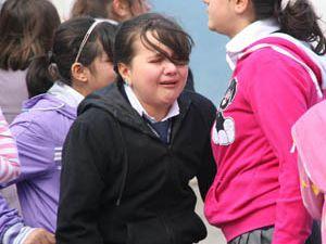 Öğretmenlerinin vefatını duyan öğrenciler yıkıldı
