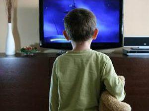 Çocuklara fazla televizyon izlettirmeyin