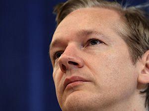Wikileaksin kurucusu tutuklandı