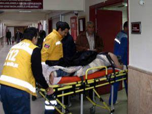 Konyada 3 kişi bıçaklandı