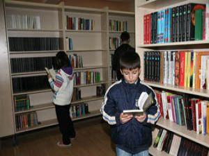 Kütüphanelerde kampanya devri başladı