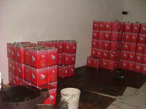 550 teneke kaçak yağ ele geçirildi