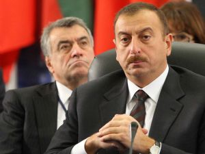 Azerbaycandan Türkiyeye uyarı