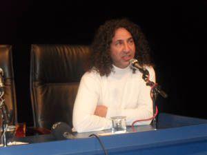 SÜ Yönetmen Tülay Akçayı ağırladı