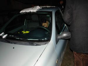 Otomobilinin içinde sızan sürücü uyandırılamadı