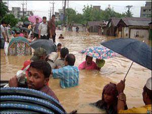 Kimse Yok Mu Derneğinden Bangladeşe yardım
