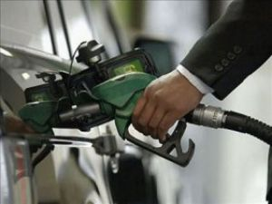 Bakan Yıldızdan Ucuz Benzin Müjdesi!