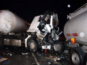 Konyada iki tanker çarpıştı: 1 ölü
