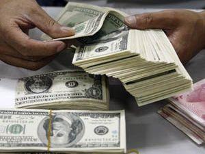 Dolar rekor seviyeye çıktı
