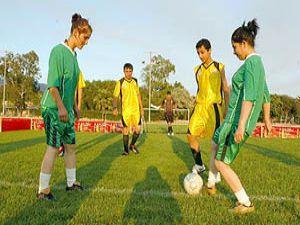 Haydi Kızlar Futbola