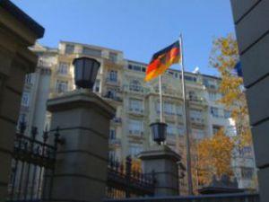 Almanyadan tarihi karar: Türkler vizeden muaf