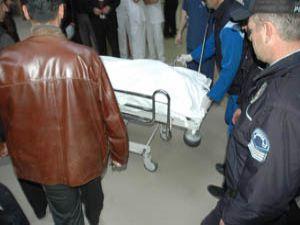Polis eşi kocasının tabancasıyla intihar etti