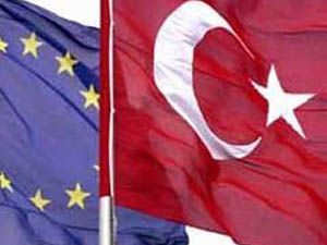 Davutoğlu:ABden eşit muamele istiyoruz