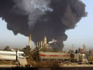 Irakın en büyük rafinerisine bombalı saldırı
