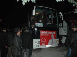 Binlerce kişi Konyadan hareket etti