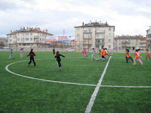 Konya Kız Futbol Okulu eğitime başladı