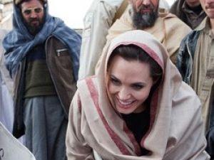Angelinadan sürpriz ziyaret