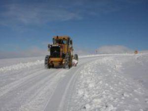 Konyada 500 köy yolu ulaşıma kapandı