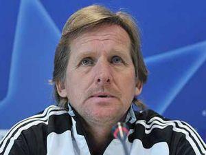 Bernd Schuster istifa etti