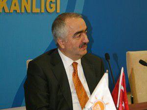 Ahmet Akman, temayülden memnun