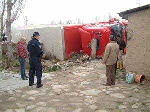 Ereğlide trafik kazası: 2 yaralı