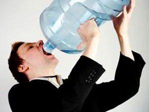 Fazla su içmek öldürebilir!