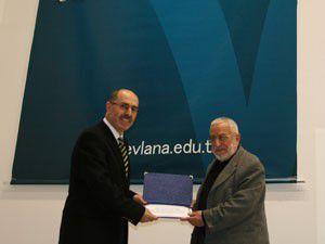 Mevlana Üniversitesine 12 bin kitap bağışı