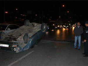 Kaza yapan sürücü alkollü ve ehliyetsiz çıktı