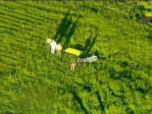 İki paraşütçü havada çarpıştı