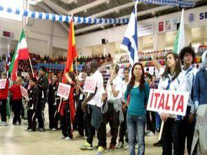 1. Uluslararası Rumi Çocuk Oyunları başladı
