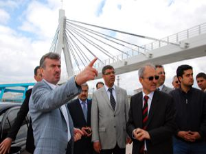 Türkiyenin en uzun asma yaya köprüsü Konyada