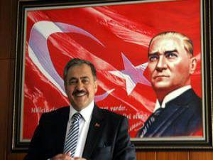 """Bakan Eroğlundan """"çılgın proje"""" değerlendirmesi"""