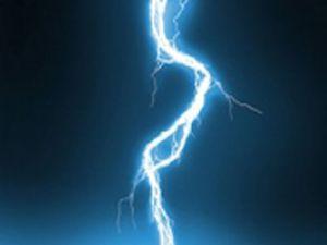 4 inek elektrik akımına kapıldı